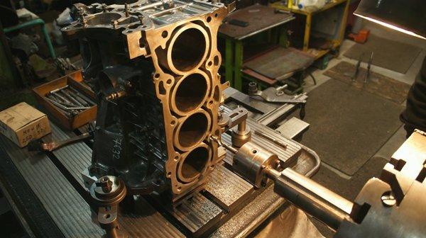 Восстановление резьбы в блоке цилиндров